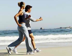 Περπατήστε για να διαφυλάξετε την καλή υγεία του εγκεφάλου!