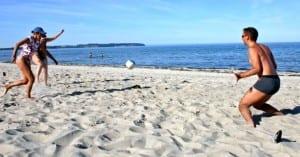 Γυμναστείτε στην παραλία