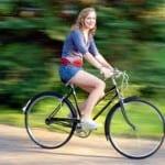 Το ποδήλατο αδυνατίζει τις γυναίκες