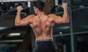 Θλάση μείζων στρογγυλού από ασκήσεις έλξεων στο μονόζυγο